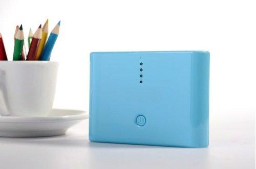 香港QH泉浩12000mAH 多功能 移动电源12000 充电宝 (适用于所有USB接口的IPHONE4 IPHONE4S IPHONE5 IPHONE5C IPHONE5S三星 HTC 摩拖罗拉 诺基亚 小米 中兴 天语等各种智能手机 及 MP3 MP4 PDA PSP 数码相机 掌上游戏机 蓝牙设备) 12000 烤漆粉色 绿色 蓝色 黑色 白色 (蓝色)-图片