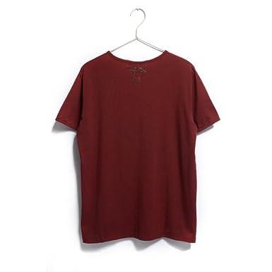 酒红色t恤搭配《酒红色t恤男《红色短袖t恤男搭配