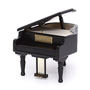 钢琴与八音盒动漫图片