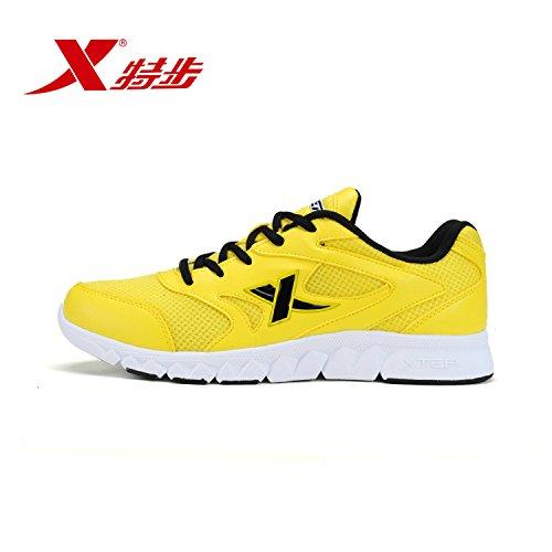 XTEP 特步 男鞋透气网面休闲鞋轻便耐磨赤足男跑鞋