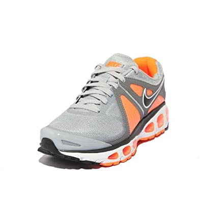 nike素描鞋子-跑步鞋 速写 耐克