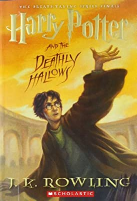 Harry Potter and the Deathly Hallows.pdf